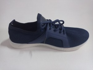 Stock Zapatillas de hombre